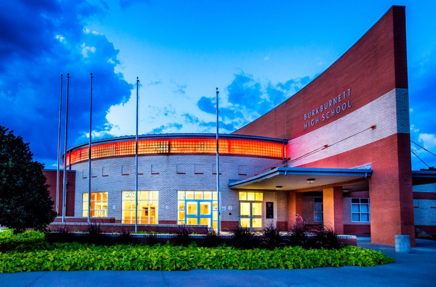 photo of the front of BHS